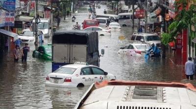 Thủy kích – nỗi sợ khi đi ôtô mùa mưa bão